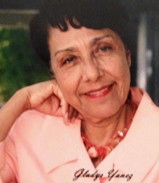 Gladys Yañez